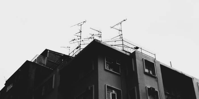 case con antenne sul tetto