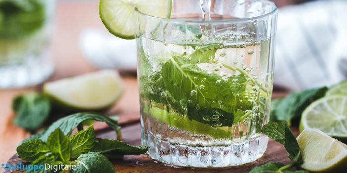 bicchiere con il drink