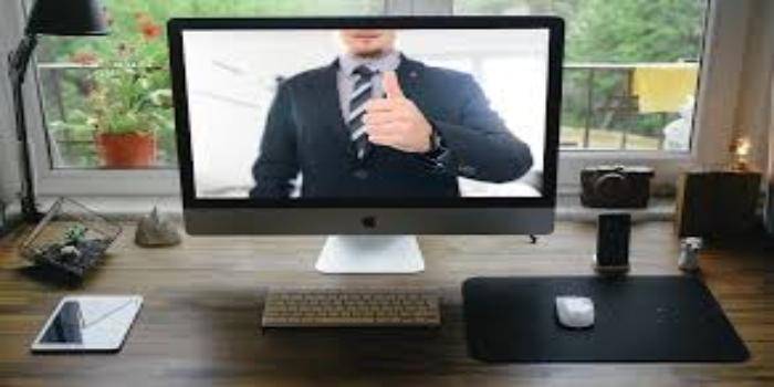 schermo del pc in videochiamata